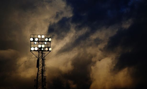 Play Or Stay Drama At Griffin Park