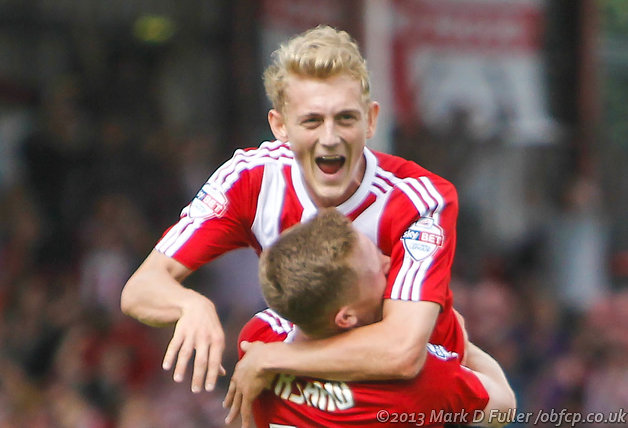 Saville extends Brentford stay