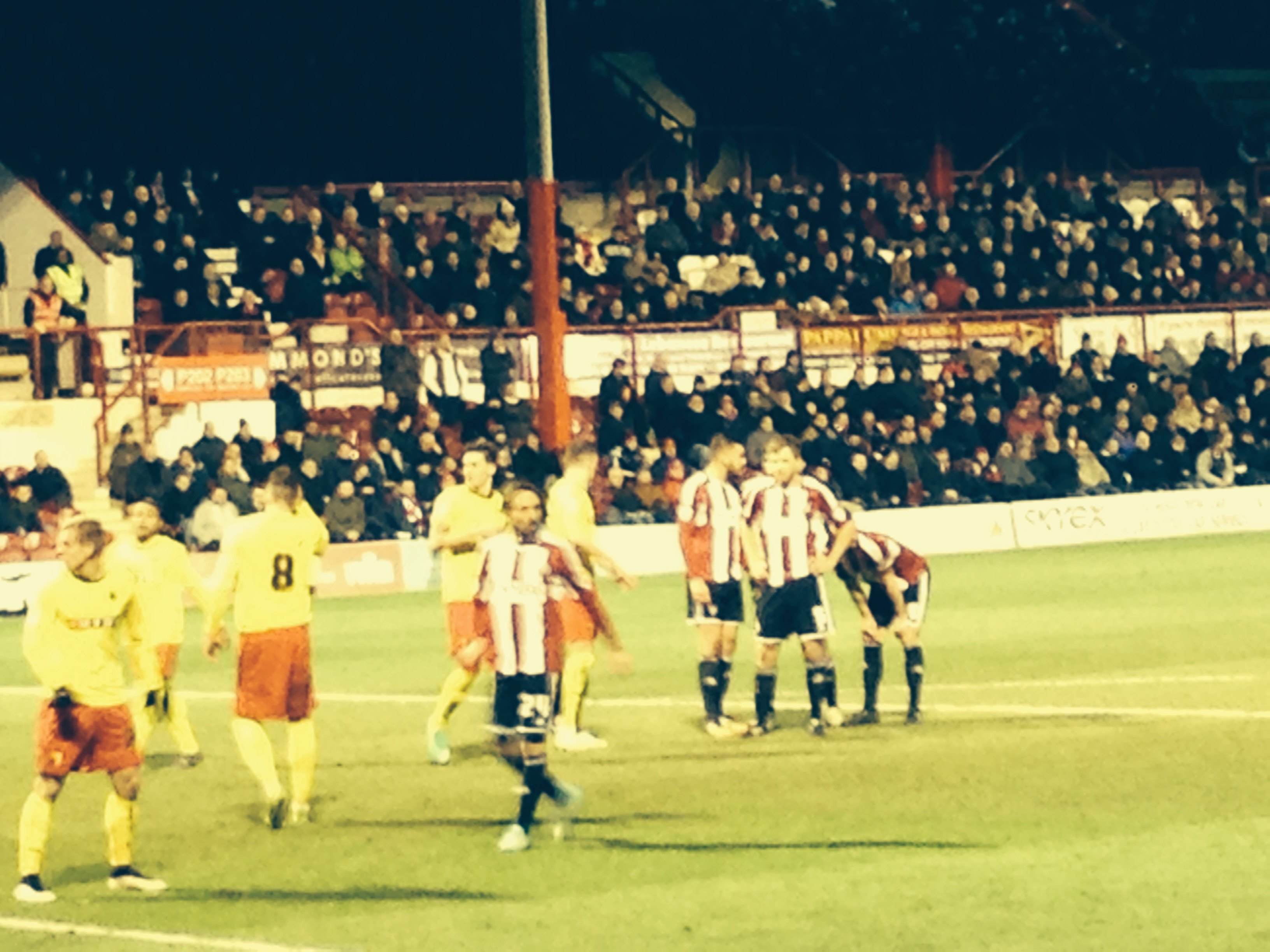 Late Suck Punches Knock Out Spirited Bees – Brentford 1 Watford 2 (VIDEO)