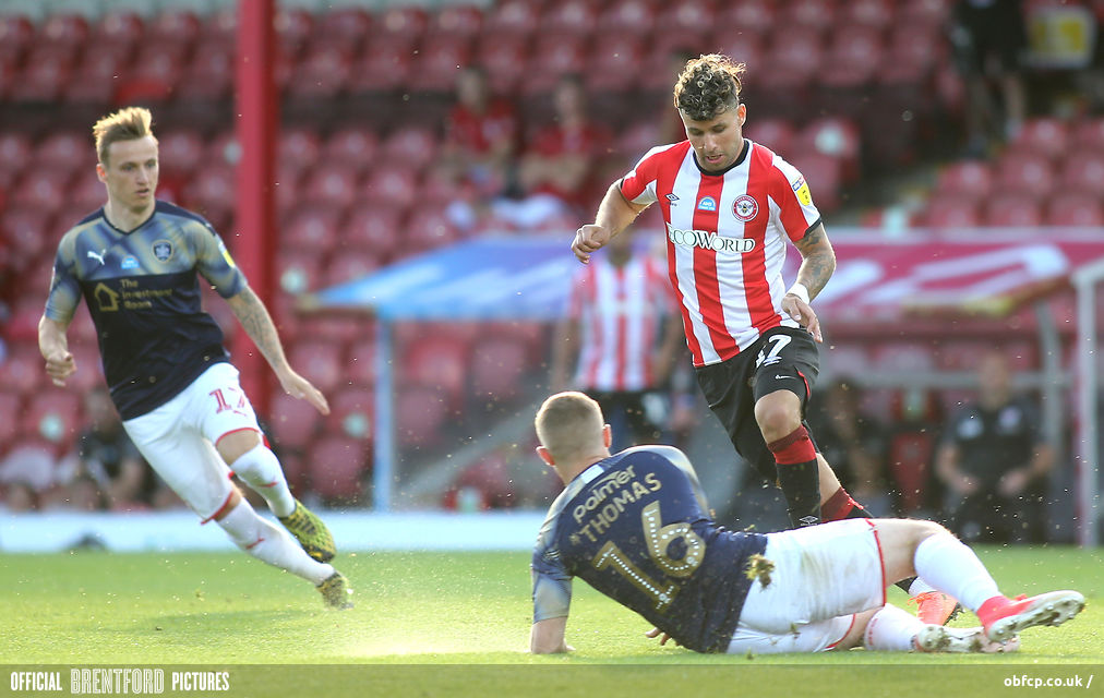Brentford 1 Barnsley 2 – Bees Settle For Play Offs On Dramatic Final Day